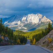 Globus | Grand Western Canada Vacation