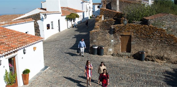 Insight Vacations   Country Roads of Portugal end Porto (Summer 2020)