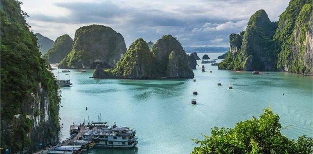 Trafalgar Tours | Highlights of Vietnam with Cambodias Angkor and Phnom Penh Summer 2019