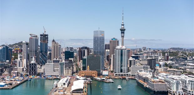 Backyard Collection: Auckland Family Escapes