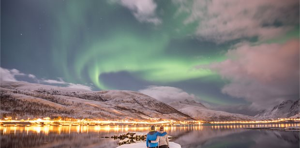 Adventure World Travel | Follow the Lights