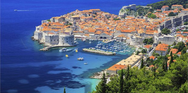 APT | Glistening Wonders of the Aegean with Istanbul & Athens
