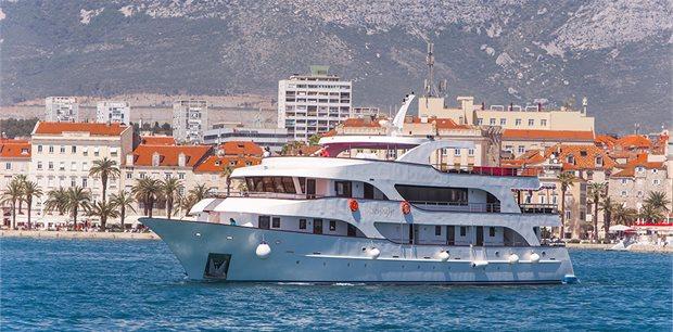 Croatia Times Travel | Nature & Culture Premium Superior Cruise - Split to Split