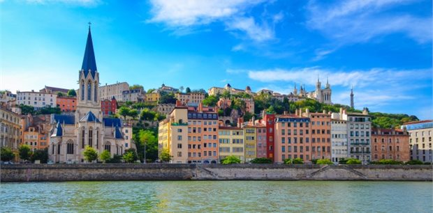Lyon with Emirates - Business Class