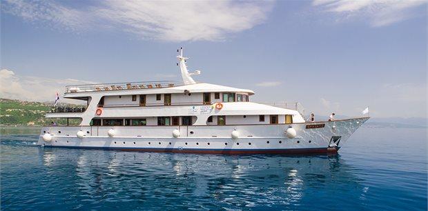 Croatia Times Travel | Croatian Wilderness Premium Cruise - Split to Split