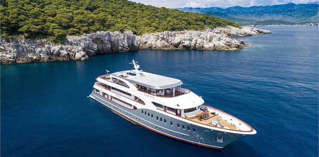 Croatia Times Travel | Dalmatian Islands Deluxe Cruise - Dubrovnik to Split