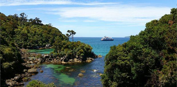 Escorted New Zealand | Stewart Island & Catlins Coast
