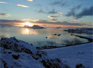Cloud, Antarctica Cruise ex Ushuaia Return