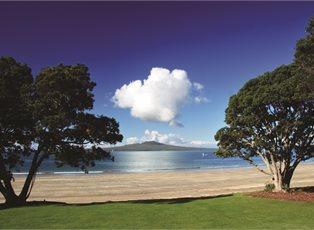 Explorer Dream, New Zealand Adventure II ex Auckland Return