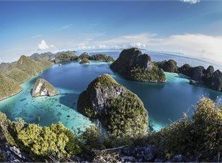 Pacific Adventure, New Guinea Island Adventure ex Sydney Return