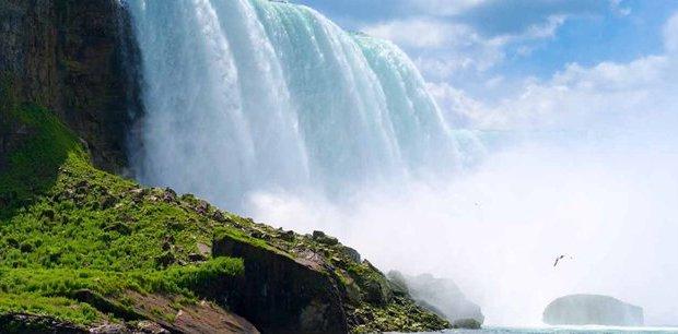 Trafalgar Tours   Best of Eastern Canada End Montreal Summer 2019