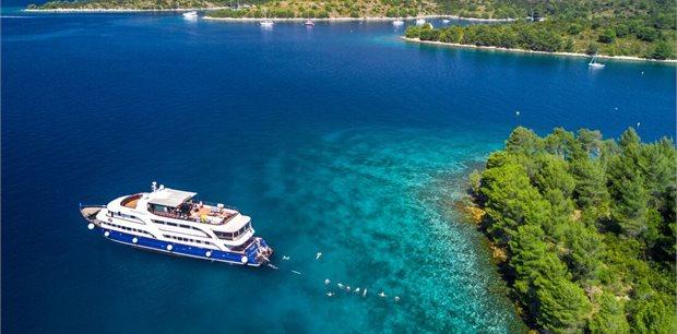 Peregrine | Croatia Coastal Cruising: Dubrovnik to Split (Peregrine Dalmatia)