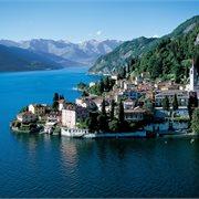 Peregrine | Walking in Italy: The Italian Lakes