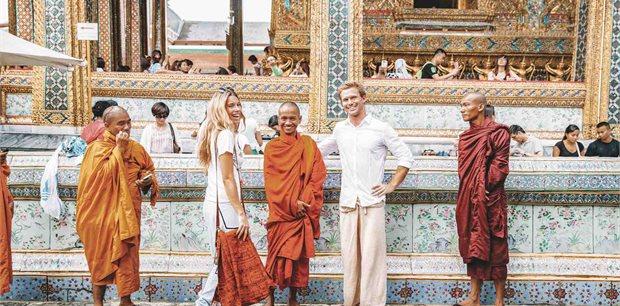 Contiki | Asian Adventure(Twin Room,Start Bangkok, End Siem Reap)